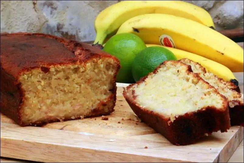 cake à la banane citron vert et noix de coco