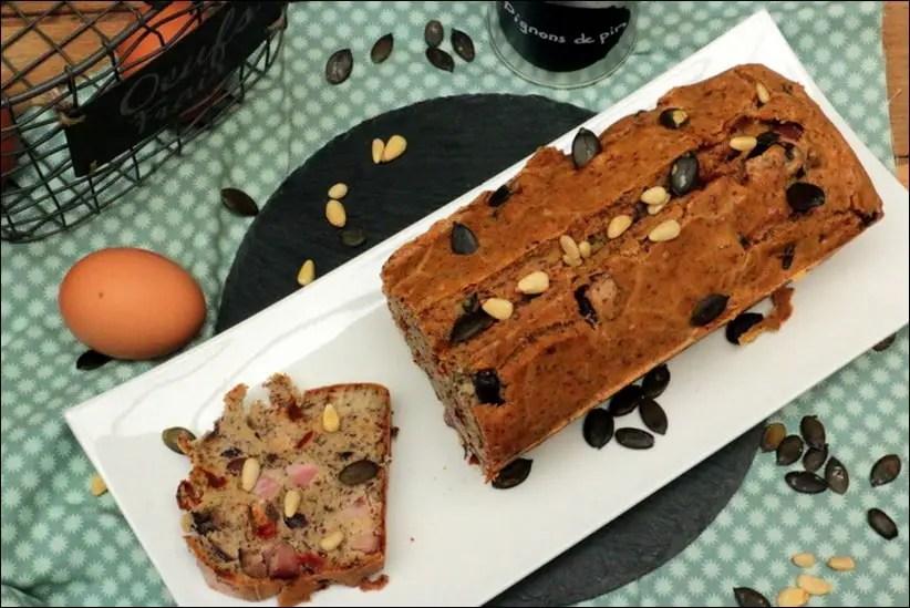 cake au jambon tomates s ch es et olives de kalamata. Black Bedroom Furniture Sets. Home Design Ideas
