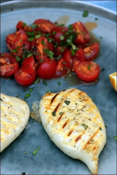 calamars grillés ail tomate