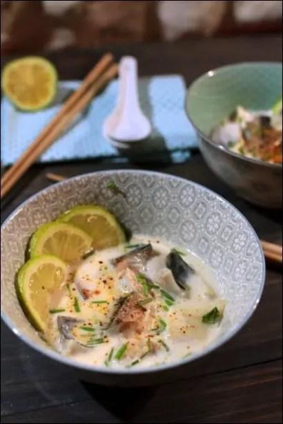 bouillon thaï lait de coco citronnelle maquereau