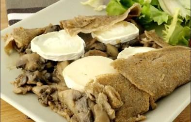 galette de blé noir champignons et fromage de chèvre