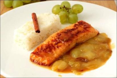 pavés de saumon raisin vin blanc