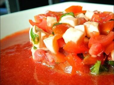 salade tomate fraise mozzarella