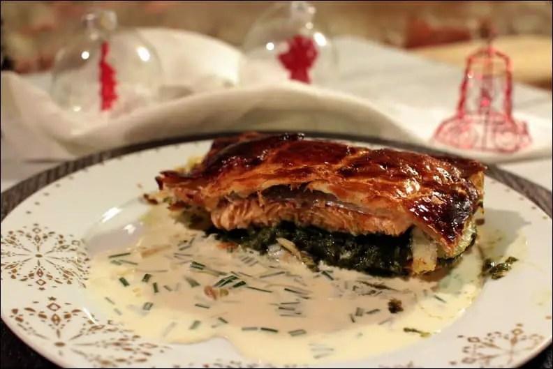 saumon à l'oseille en croûte et sauce à la ciboulette