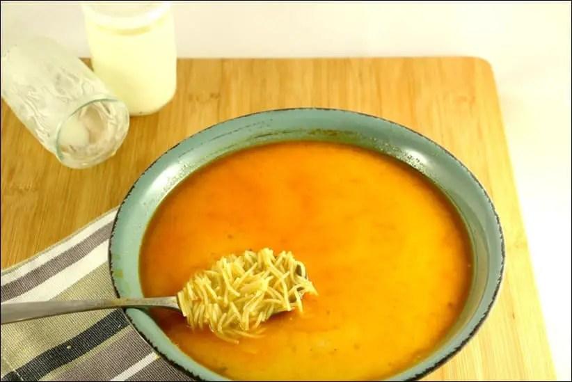 soupe de poulet à la turque aux vermicelles
