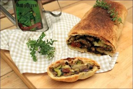 strudel aux légumes d'été et mozzarella