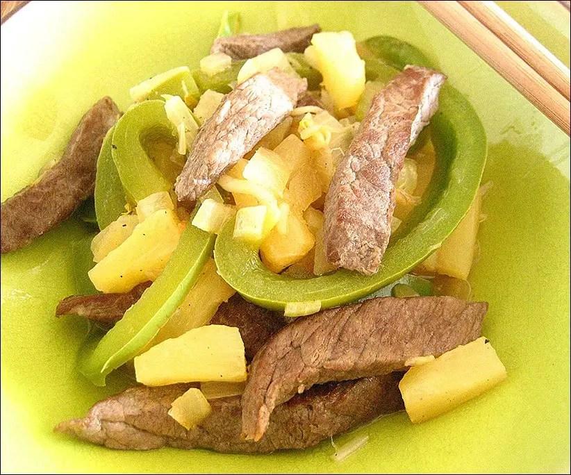 sauté boeuf ananas au wok
