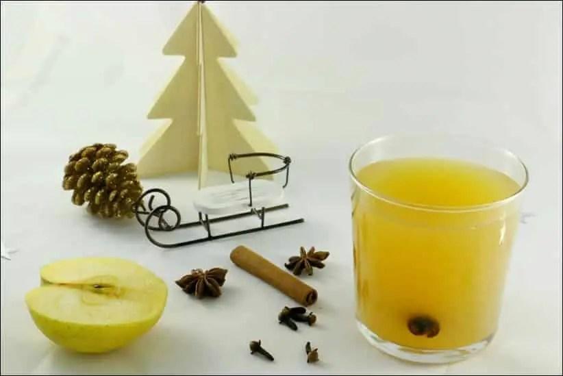 jus de pomme épicé de Noël