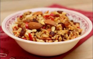 riz à l'orientale aux poivrons épices et fruits secs