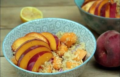 salade de quinoa à la nectarine au melon et basilic