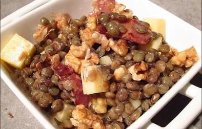 salade de lentilles au cantal et aux noix