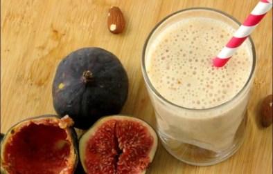 smoothie aux figues et lait d'amandes