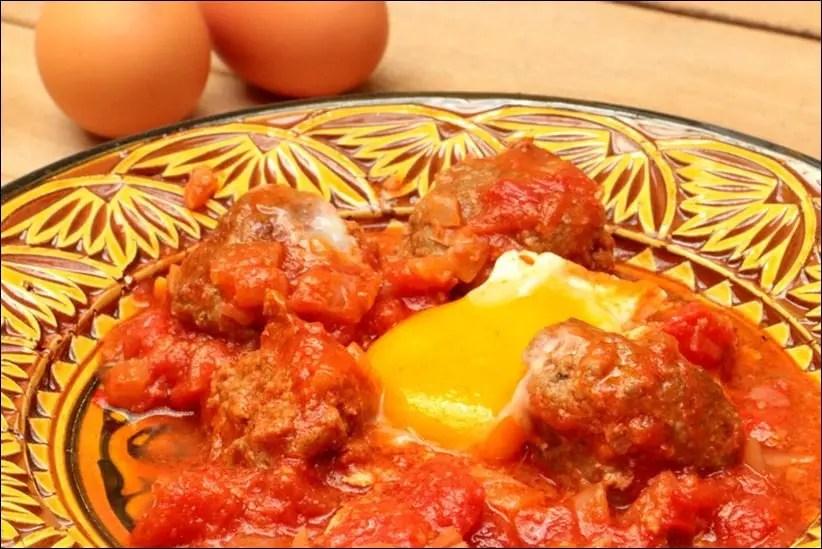 tajine keftas oeufs tomate