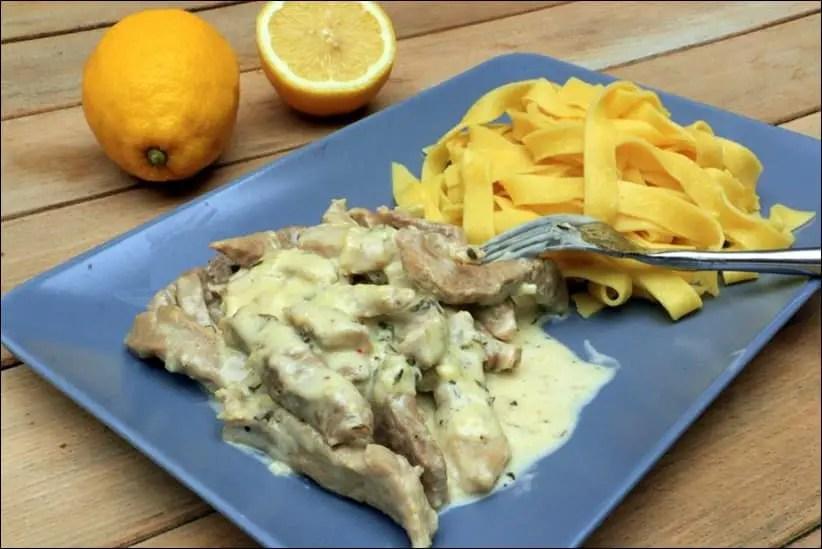 veau aux tagliatelles et sauce au citron