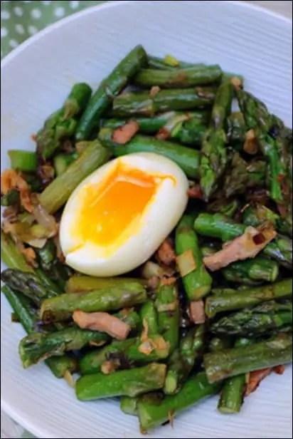 asperges vertes avec lardons