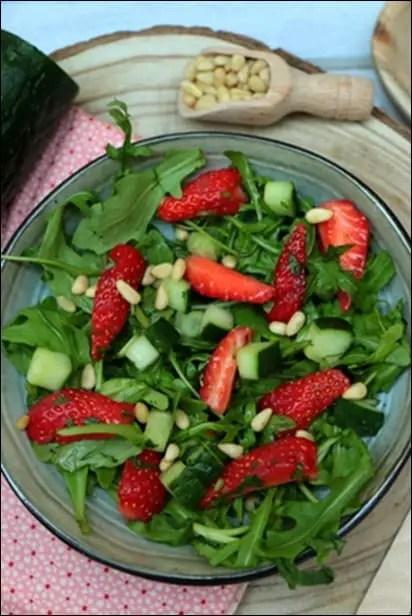 salade salée fraises concombre