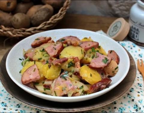 salade de pommes de terre à la saucisse fumée