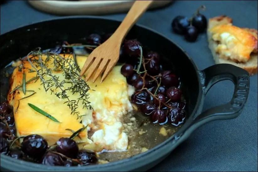feta rotie raisin thym