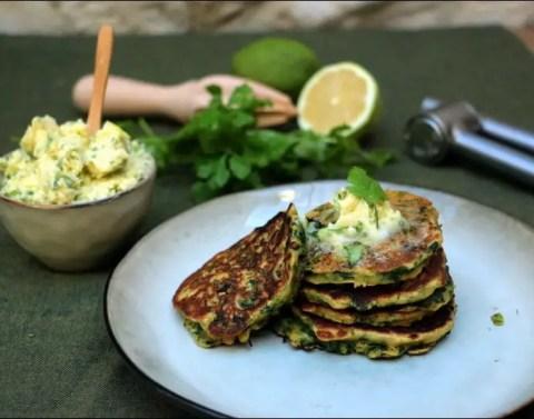 pancakes aux épinards et beurre citronné de Yotam Ottolenghi