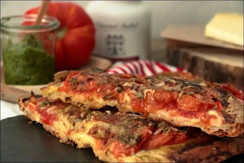 pizza tomate pesto moutarde