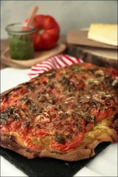 pizza tomate pesto