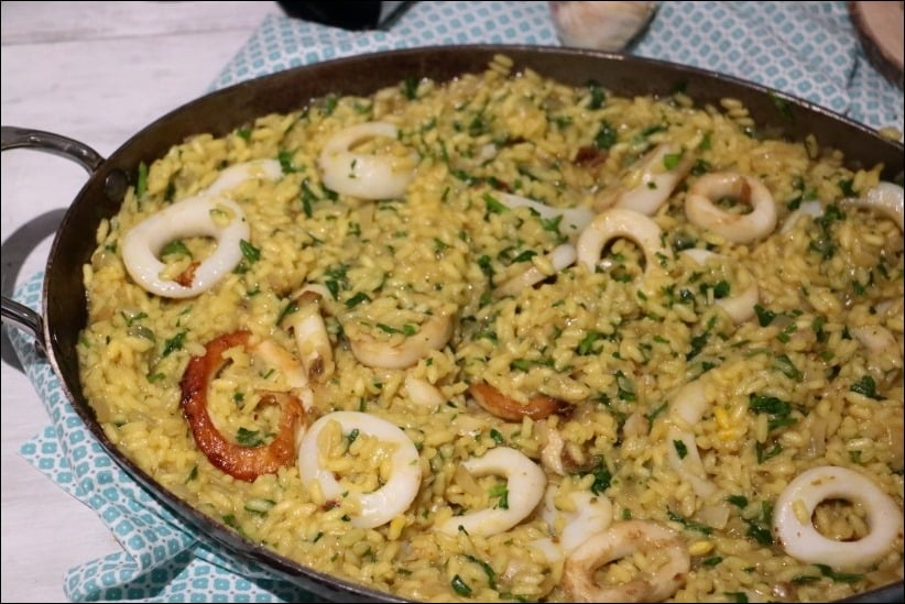 riz à l'espagnole aux calamars