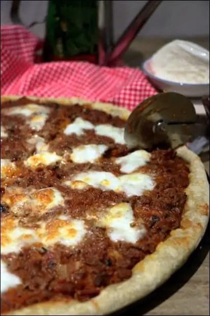 pizza boeuf tomate