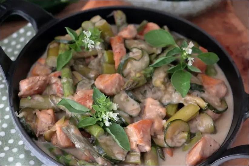 poulet courgette asperge et curry vert