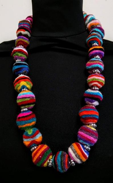 felt neck lace striped-001