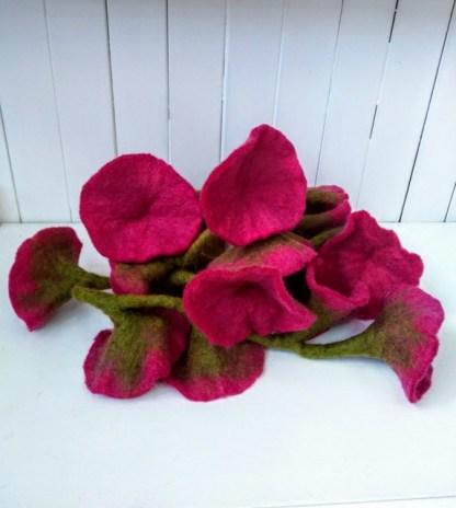 fuscia pink garland