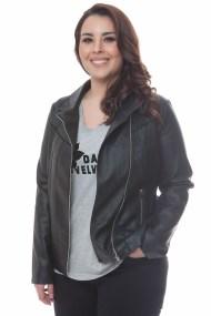 Μαύρο leather like jacket με λοξό φερμουάρ