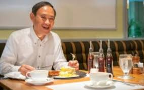 菅義偉の好きなパンケーキのお店はどこ?ニューオータニの三千円が話題に