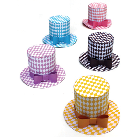 5 diamond pattern paper party hats for fiestas