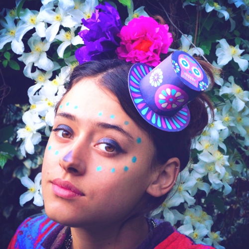 Frida Kahlo inspired Day of the Dead, calavera makeup, paper flowers and mini top hat ideas and templates!