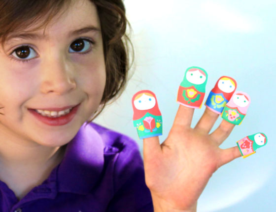 Make your own paper finger puppets!