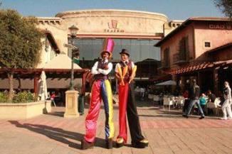 Marcos Tall stilts and tall hats