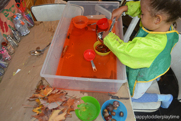 FALL Sensory bin activity for toddlers and preschoolers