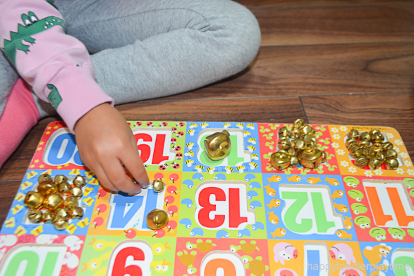 JINGLE BELL PUZZLE COUNTING 9
