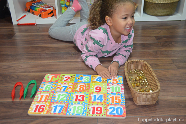 JINGLE BELL PUZZLE COUNTING