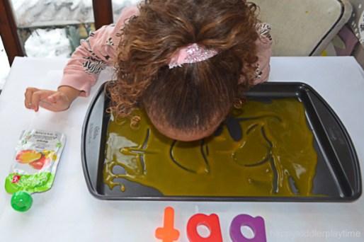 BABY FOOD WRITING TRAY 16