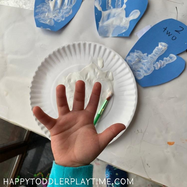 Handprint Counting Mittens: Winter Math