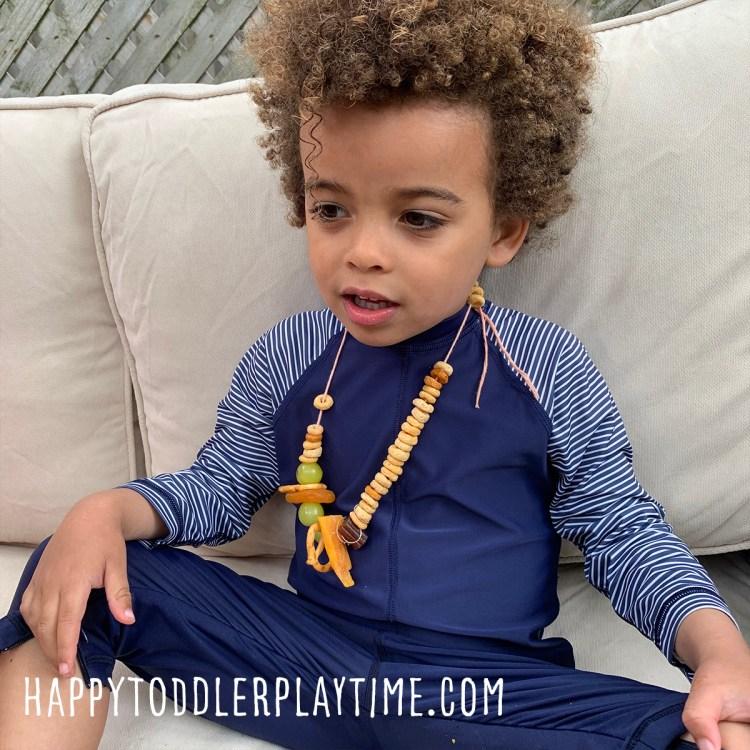 Snack Necklaces: Fun & Easy Summer Activity