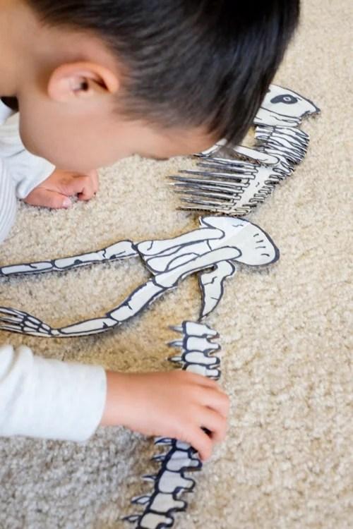 Dinosaur bones puzzle
