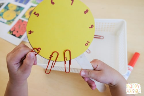 Paper Clips Flower 1 to 1 Correspondence Counting