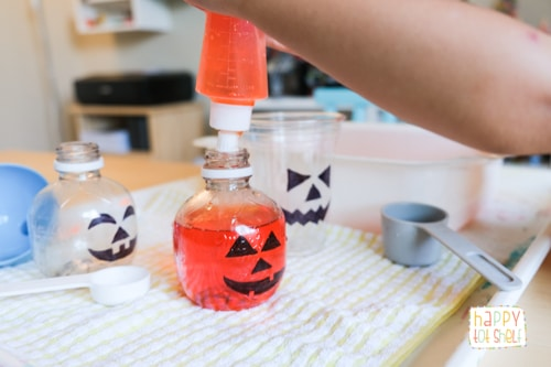 Fill the pumpkin bottle