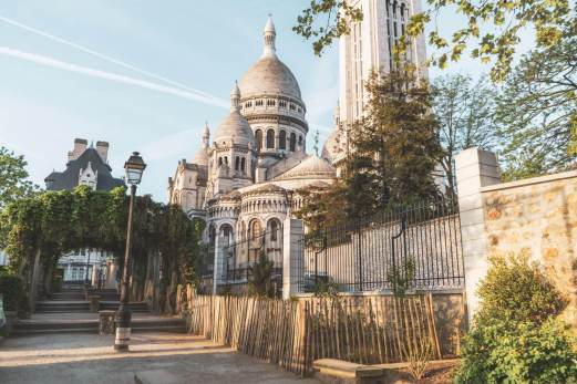 Sacre Coeur Basilica: one of the most iconic Paris landmarks in the city