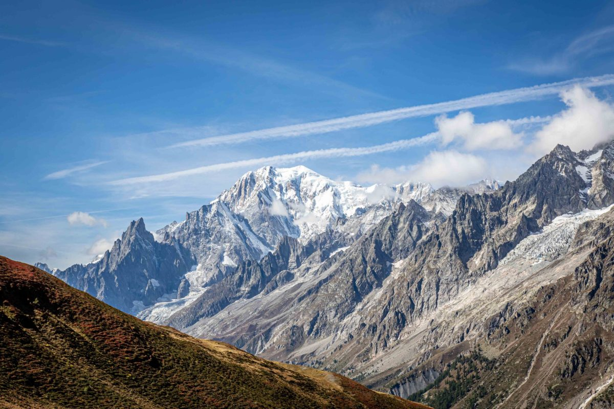 https://i0.wp.com/happytracks.ch/wp-content/uploads/2020/11/Mont-Blanc-from-Italian-Side-1-scaled.jpg?fit=1200%2C800&ssl=1