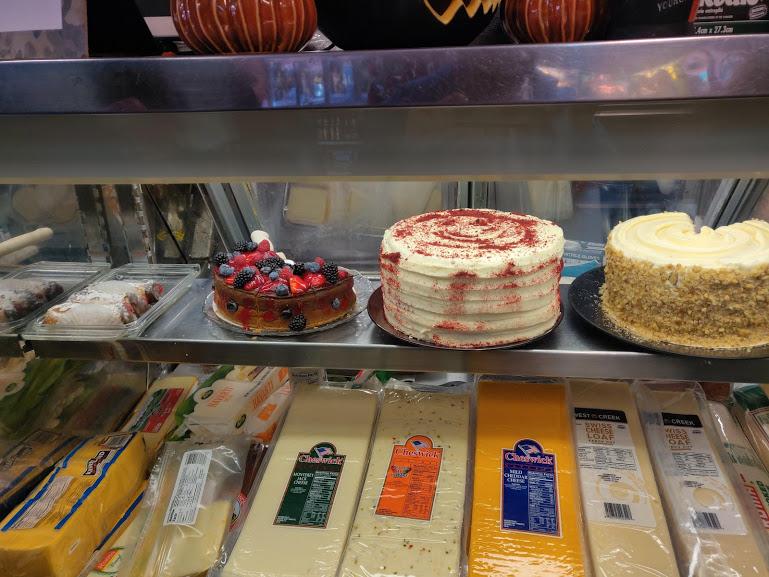 Compagno's Market and Deli -- Cakes