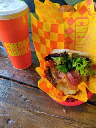 Mother Hend Chedda Burger