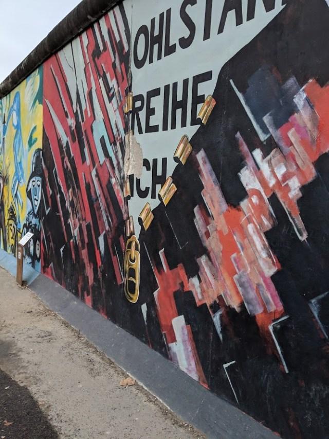 Zipper East Side Gallery